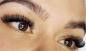 Silk eyelashes
